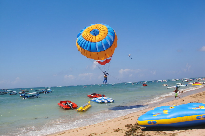 Aktivitas Water Sports Yang Paling Digandrungi di Bali