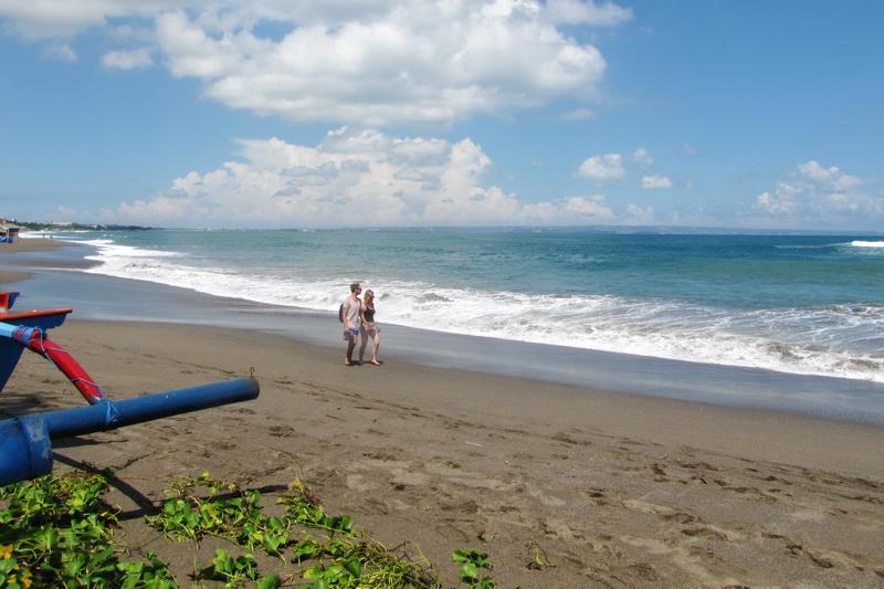 8 Pantai Terpopuler di Canggu