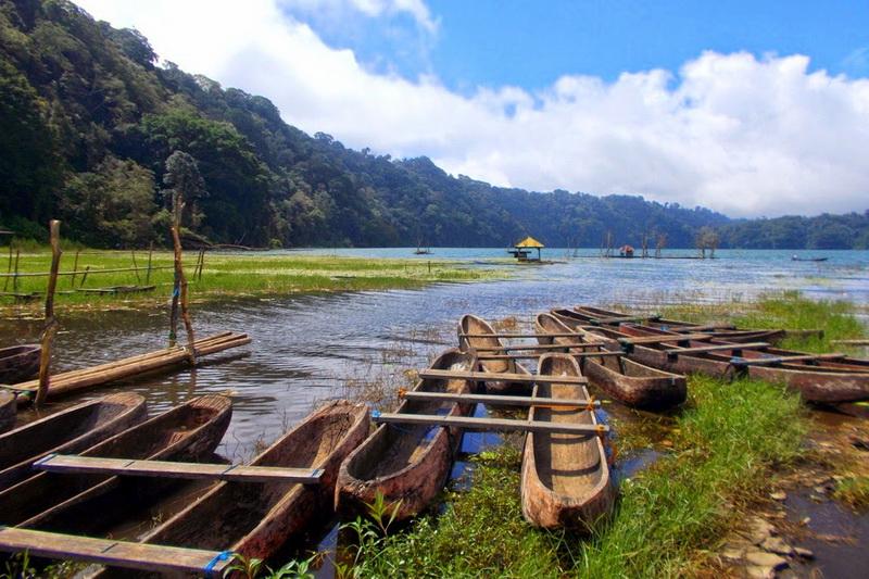Danau Tamblingan Buleleng