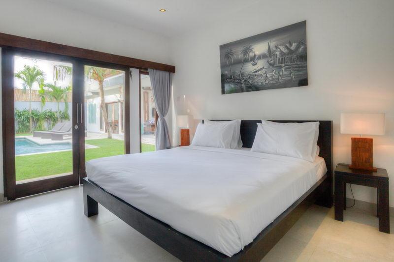 Villa Murah dengan 3 Kamar Tidur di Seminyak
