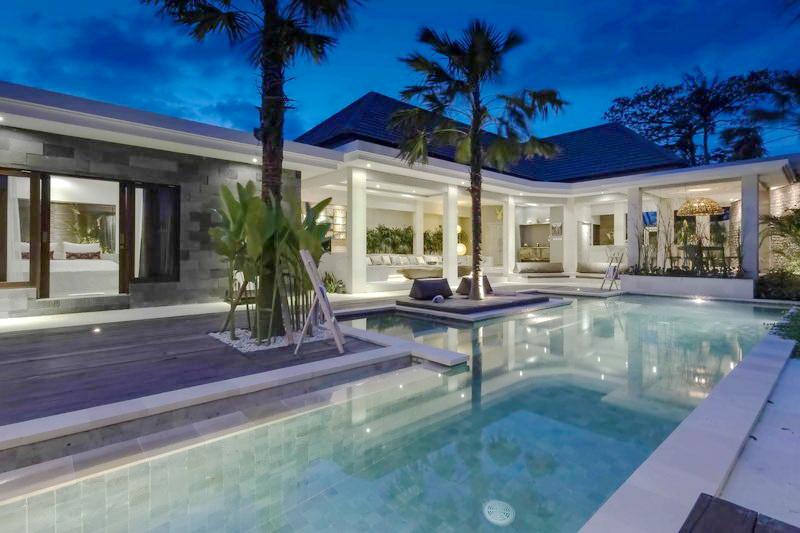 Villa Untuk Keluarga di Bali
