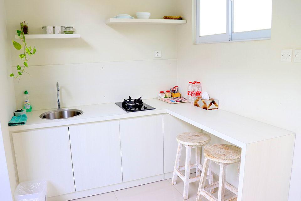 Dapur dan Meja Makan
