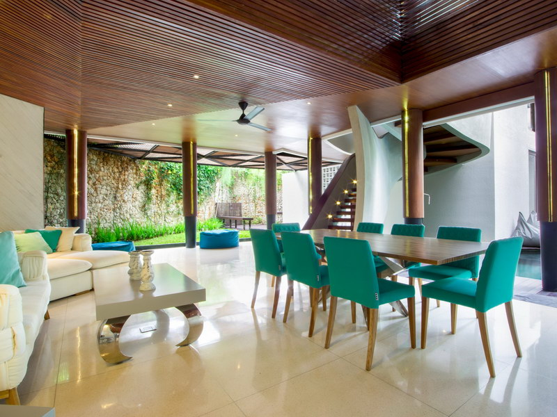 villa summer 1534478450 big