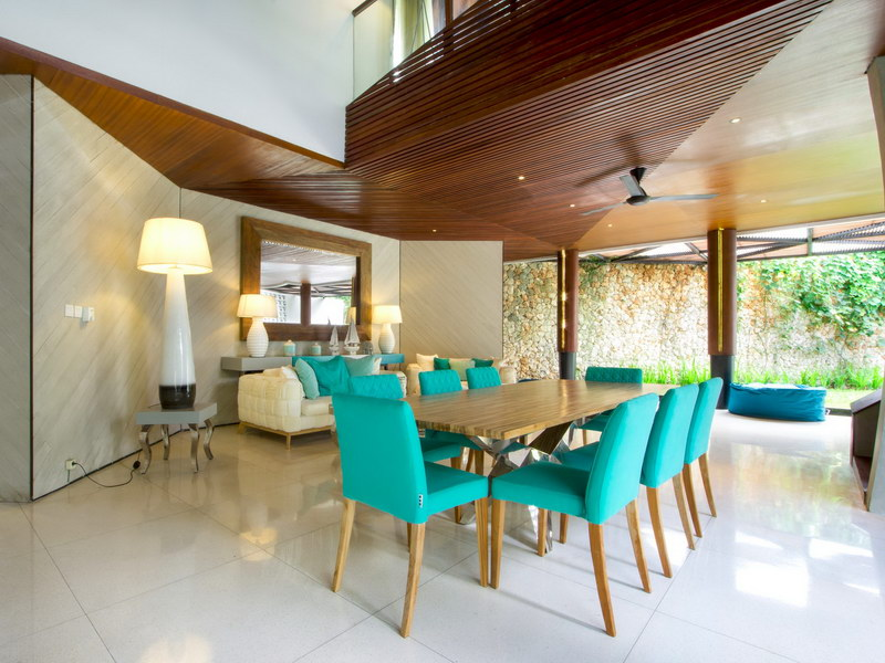 villa summer 1534478463 big