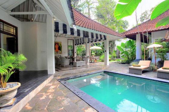 Villa Putih Sekali