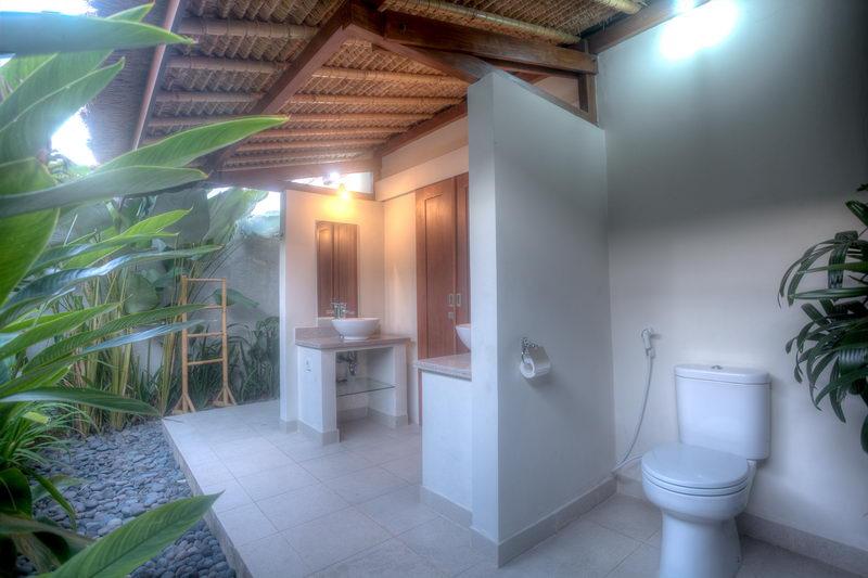 Villa Warna Warni
