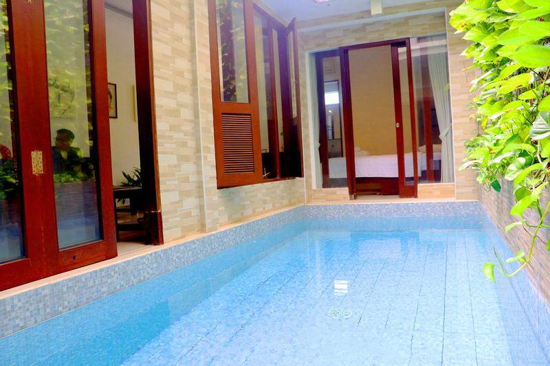 Villa 4 Kamar Tidur Dengan Private Pool Dekat Joger Kuta